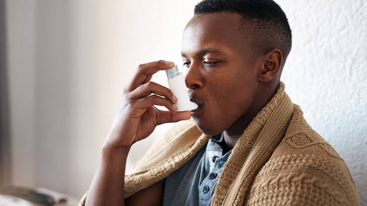 A man suffering from asthma