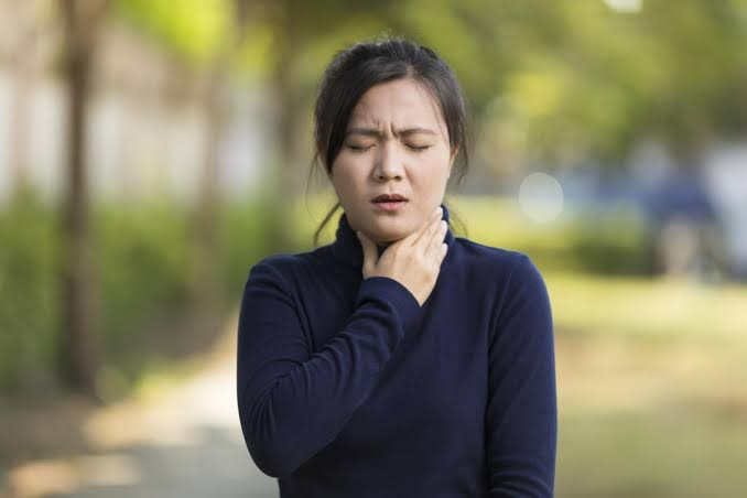 A lady suffering from Anaphylaxis