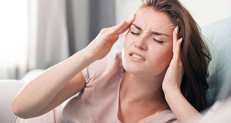 A migraine aura can sometimes last up to 60 minutes.