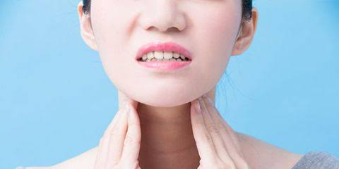 Graves' disease affects the thyroid gland.