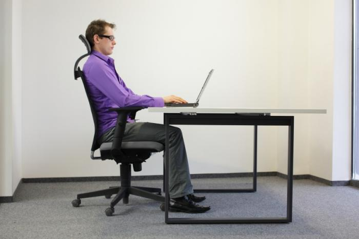 CTS is linked to repetitive hand movements, but there is no evidence to suggest that computer use is a significant factor.