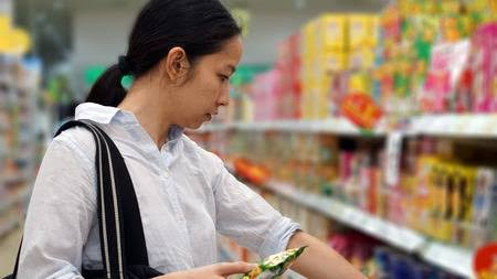 A lady buying foods