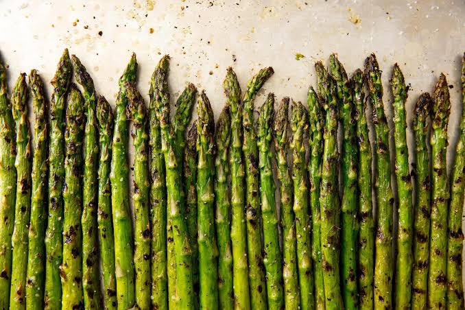 Asparagus: Health benefits, nutrition, and risks