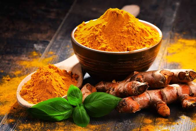 Turmeric is available in a variety of forms, including root, powder, and supplement form.