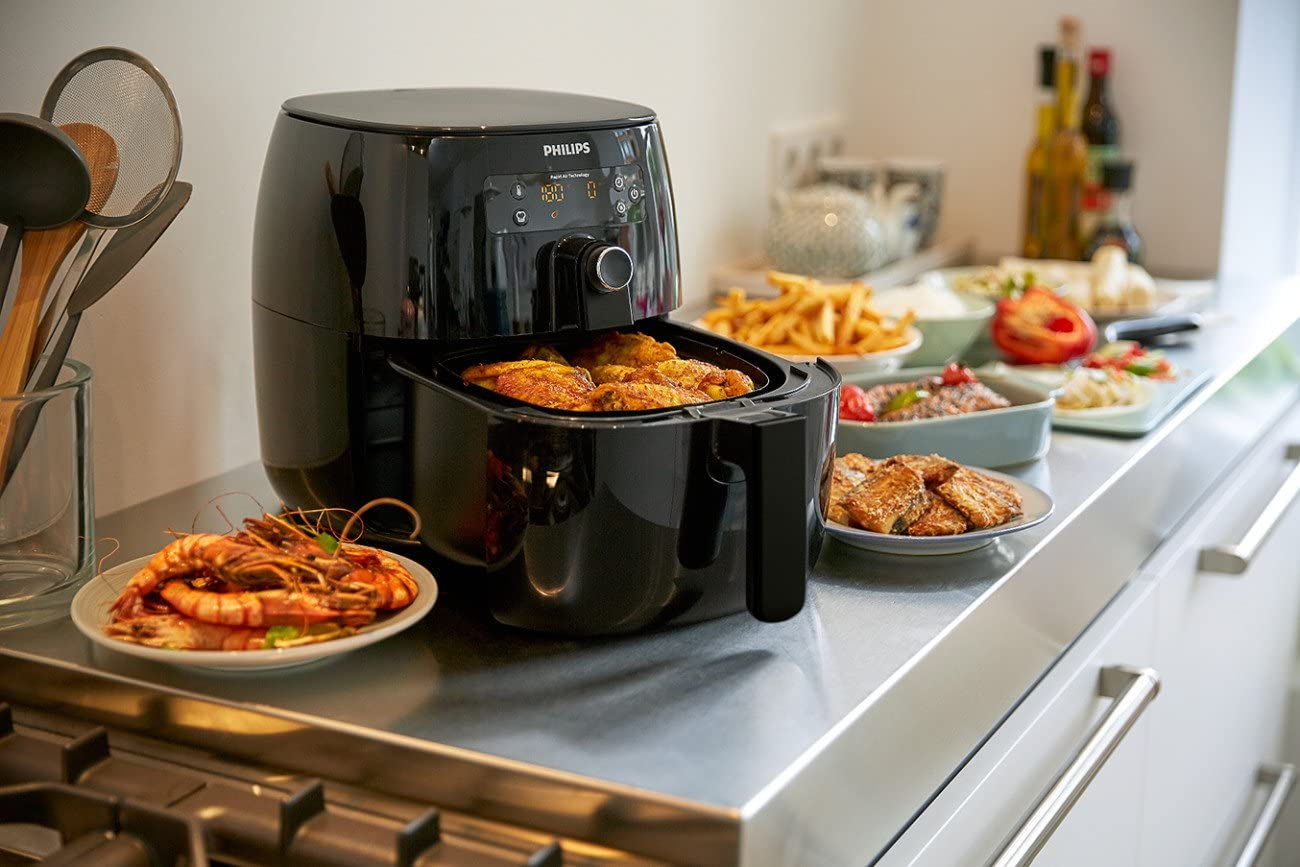 Adverse effects of air fryers While air fryers have their advantages, they also have their own set of drawbacks, which include but are not limited to the following:   Air frying isn't always a healthy option.